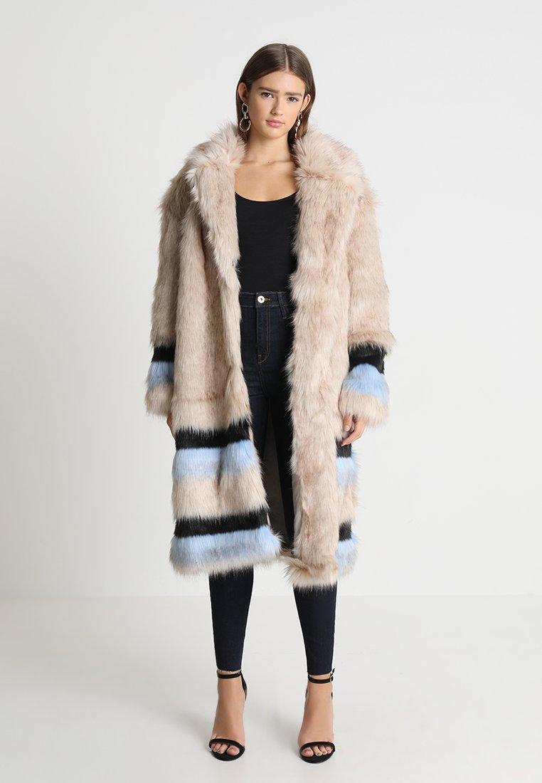 Ivyrevel - COLIO - Winter coat - nature light blue/black
