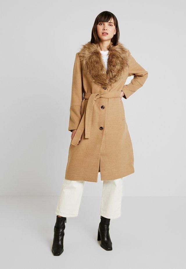 COLLAR COAT - Zimní kabát - beige