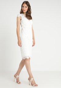 IVY & OAK BRIDAL - COCKTAIL DRESS - Robe de soirée - snow white - 0