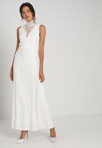 IVY & OAK BRIDAL - Suknia balowa - snow white - 0