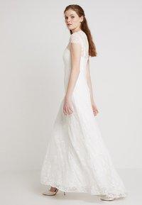 IVY & OAK BRIDAL - BRIDAL DRESS LONG - Společenské šaty - snow white - 2