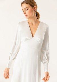 IVY & OAK BRIDAL - Maxi dress - snow white - 3