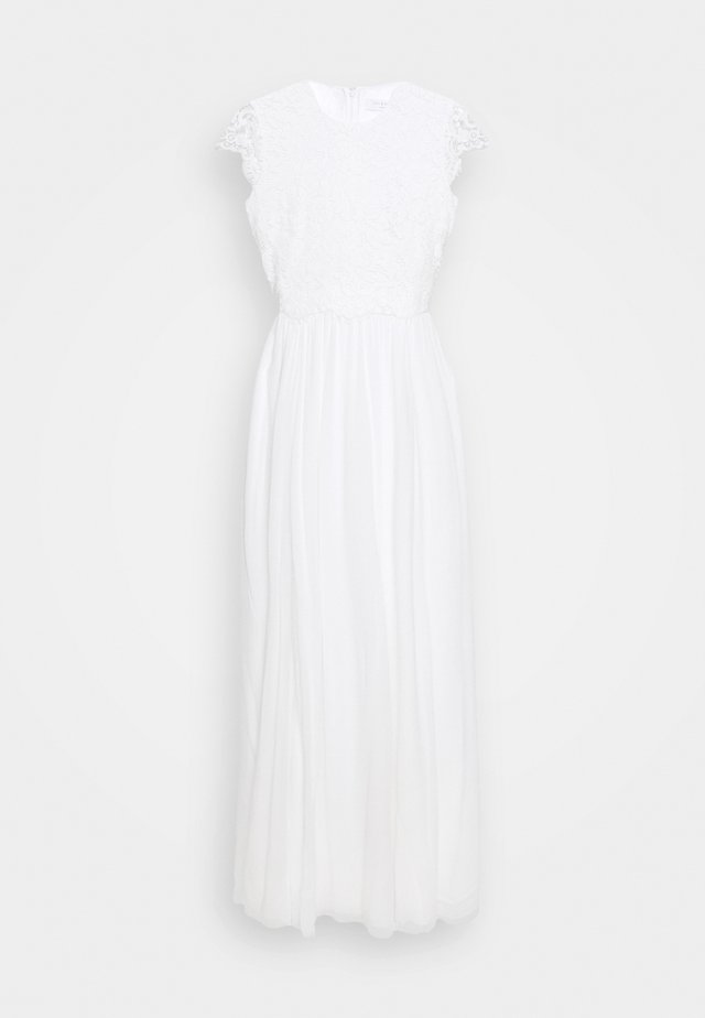 Occasion wear - snow white