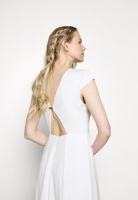 IVY & OAK BRIDAL - BRIDAL CAP SLEEVE DRESS - Vestido de fiesta - snow white