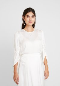 IVY & OAK BRIDAL - BRIDAL BLOUSE - Bluse - snow white - 0