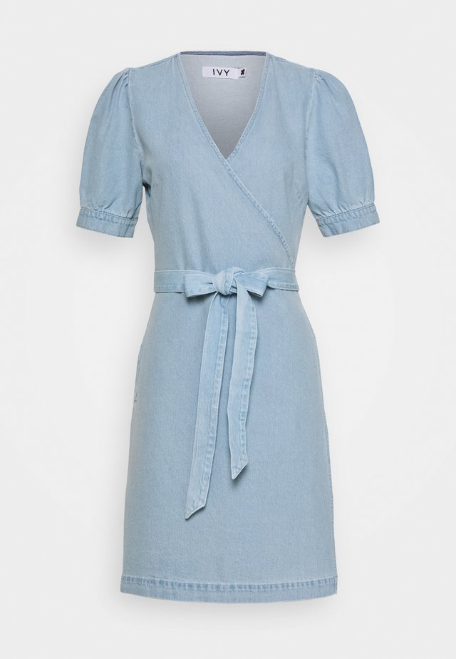 ULRIKKE WRAP DRESS MALLORCA - Jeanskleid - denim blue