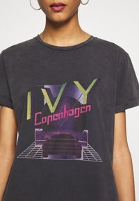 Ivy Copenhagen - BANZI - T-shirts print - black - 4