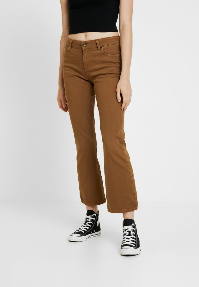 JOHANNA KICK FLARE - Flared Jeans - cognac
