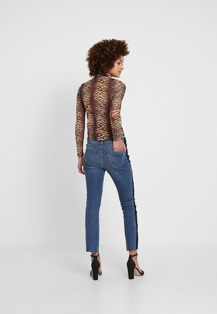 Ivy Copenhagen - JOHANNA KICK FLARE SIGNATURE PERUGIA - Slim fit jeans - denim blue