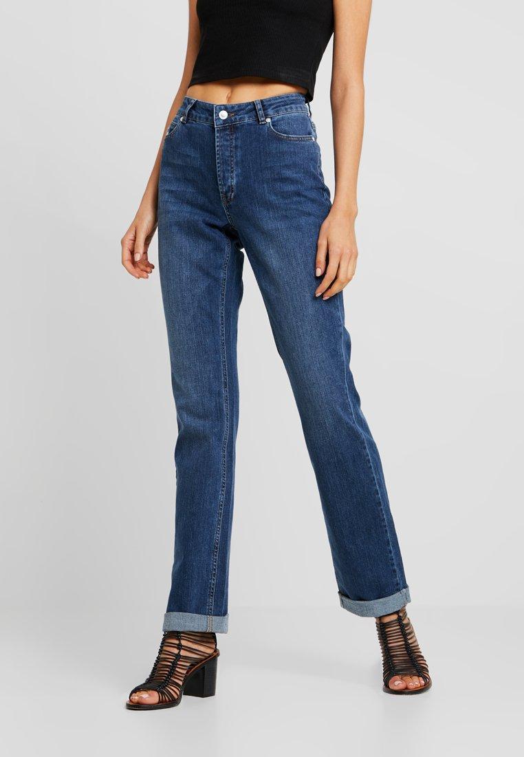 Ivy Copenhagen - FREJA REGULAR WASH VINTAGE - Jeans Straight Leg - denim blue wash maracay distressed