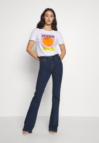 Ivy Copenhagen - TARA WASH - Flared jeans - denim blue - 1