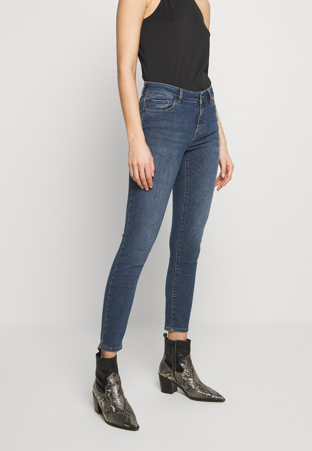 DARIA LE MANS - Jeans Skinny Fit - denim blue