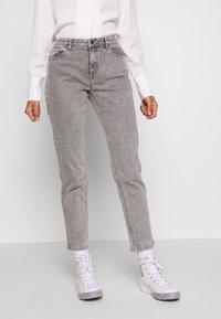 Ivy Copenhagen - LAVINA MOM - Jeans Relaxed Fit - grey - 0