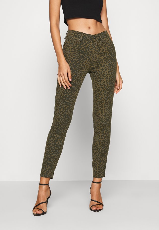 ALEXA ANKLE FUNKY LEOPARD - Jeans Skinny Fit - army