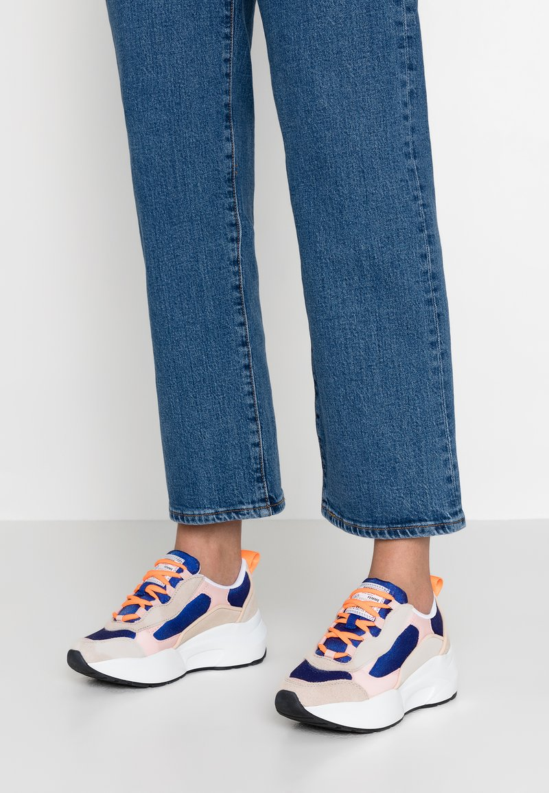 Sixtyseven - Sneaker low - blush/varet electric blue