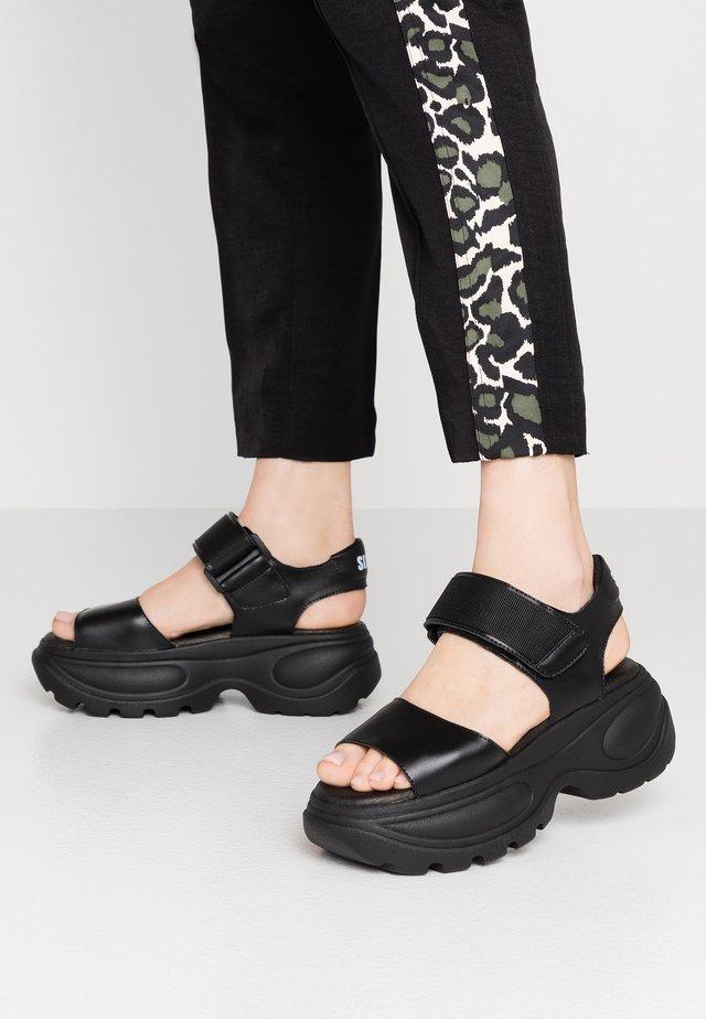 Sandalen met plateauzool - actled black