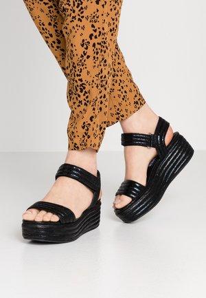Platform sandals - cyber black