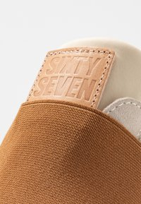 Sixtyseven - WASEDA - Loafers - beige - 2