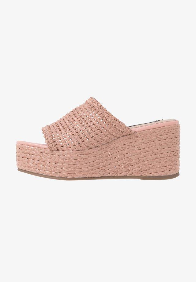GUILT - Heeled mules - pink blush