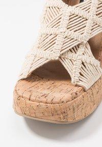 Sixtyseven - NOISE - Sandály na vysokém podpatku - beige/tan - 2