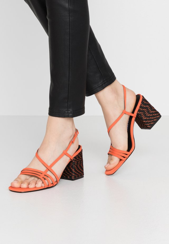 NERIT - Sandals - nolux naranja