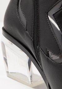 Sixtyseven - BONE - Cowboy/biker ankle boot - black/transparent - 2