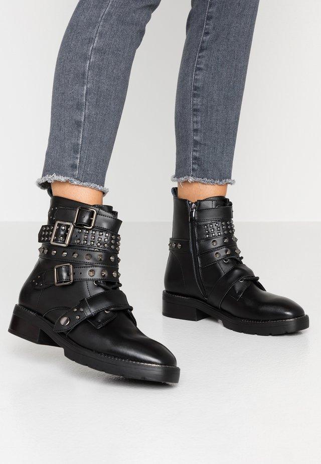 EBYSU - Kovbojské/motorkářské boty - black