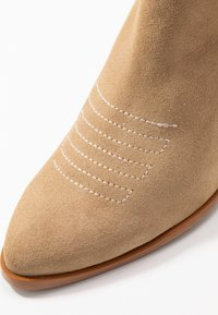 Sixtyseven - SIGALA - Boots à talons - milda sand/rabat sand - 2