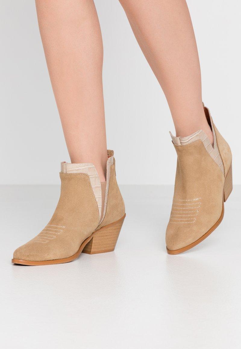 Sixtyseven - SIGALA - Boots à talons - milda sand/rabat sand