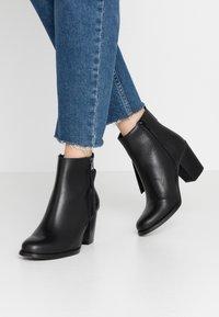 Sixtyseven - NALE - Boots à talons - sedona black - 0