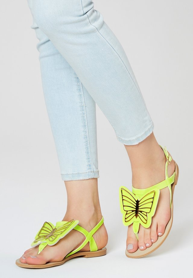 T-bar sandals - lime