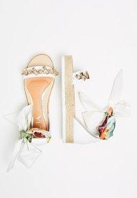 IZIA - Platform sandals - white - 2
