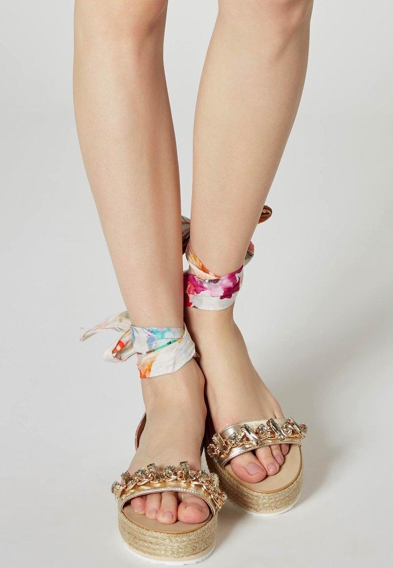 IZIA - Platform sandals - gold