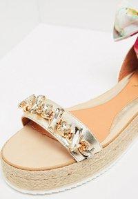 IZIA - Platform sandals - gold - 6