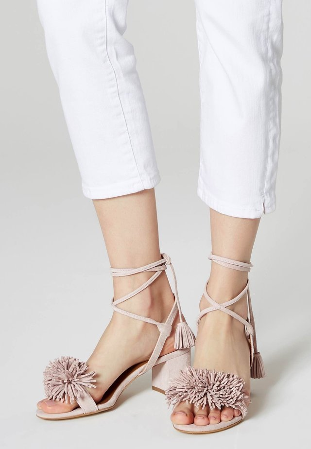 Ankle cuff sandals - pink