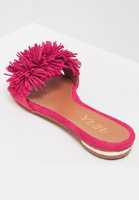 IZIA - Slippers - pink - 4