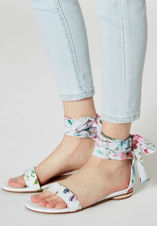 Ankle cuff sandals - white