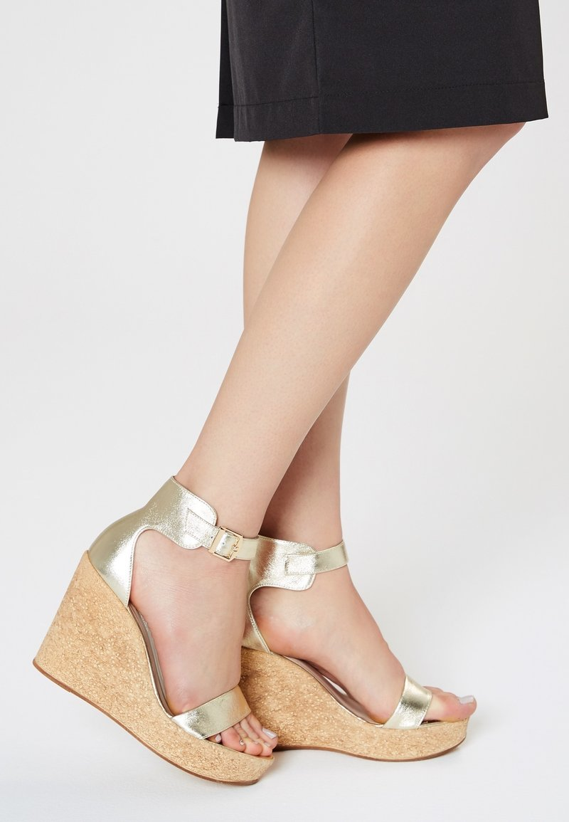 IZIA - High heeled sandals - gold