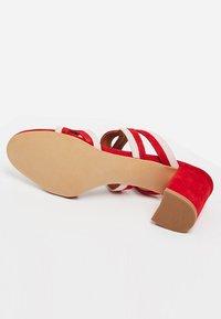 IZIA - Sandaler - red - 5