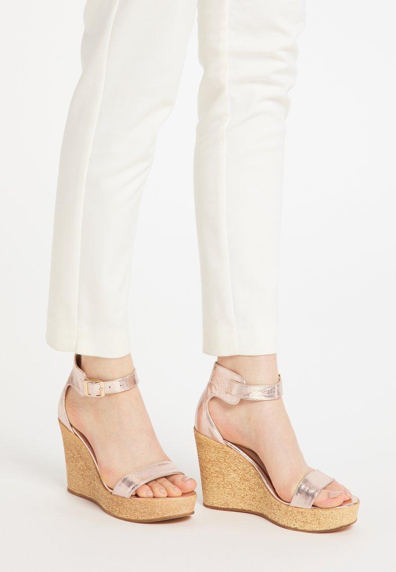IZIA - High heeled sandals - rosa