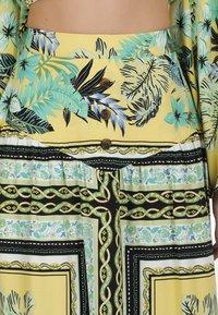 IZIA - IZIA ROCK - Maxi skirt - tropical print - 3