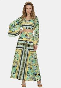 IZIA - IZIA ROCK - Maxi skirt - tropical print - 1