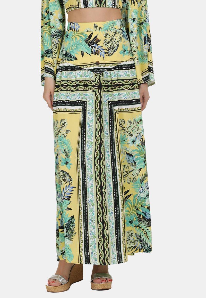 IZIA - IZIA ROCK - Maxi skirt - tropical print