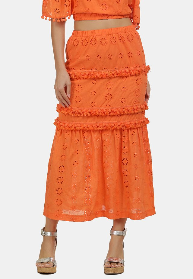 IZIA ROCK - Jupe longue - orange