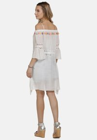 IZIA - IZIA KLEID - Day dress - white - 1