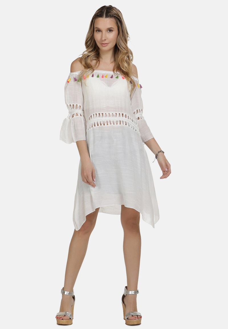 IZIA - IZIA KLEID - Day dress - white