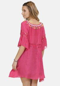 IZIA - IZIA KLEID - Day dress - pink - 2