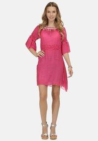 IZIA - IZIA KLEID - Day dress - pink - 1