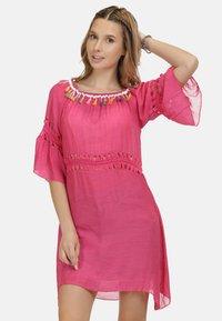 IZIA - IZIA KLEID - Day dress - pink - 0
