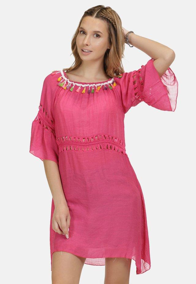 IZIA KLEID - Vardagsklänning - pink